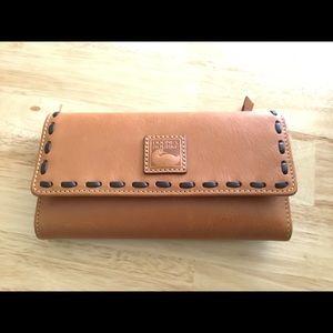 NWT Dooney & Bourke Wallet